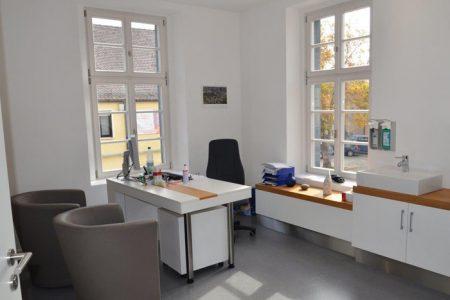 Praxis im Gilardihof – Behandlungszimmer